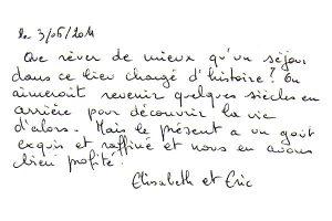 http://www.chateau-du-riau.com/wp-content/uploads/2016/05/livre-dor16-300x200.jpg