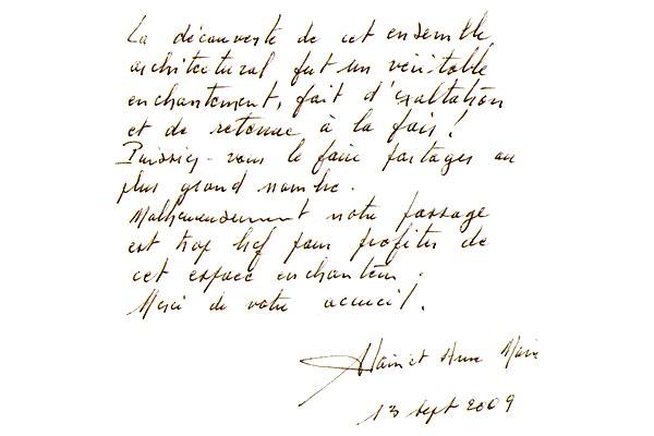 http://www.chateau-du-riau.com/wp-content/uploads/2016/05/livre-dor19.jpg
