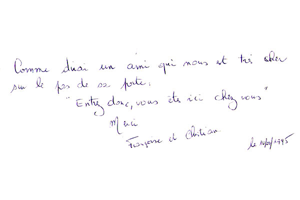 http://www.chateau-du-riau.com/wp-content/uploads/2016/05/livre-dor25.jpg