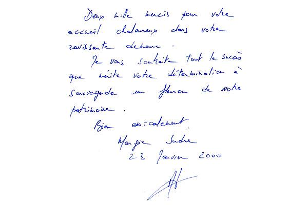 http://www.chateau-du-riau.com/wp-content/uploads/2016/05/livre-dor6.jpg